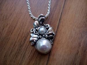 Перли – медальон – N156   Pearls – pendant – N156