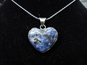 Содалит – медальон сърце – N167 | Sodalite – heart pendant – N167