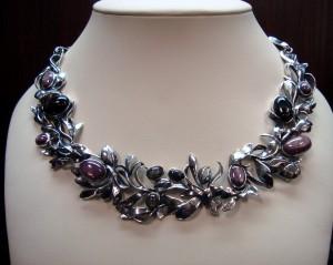 Рубин, Звезден Сапфир и Черен Диопсид – огърлица – N304 | Ruby, Star Sapphire and Black Diopside – necklace – N304
