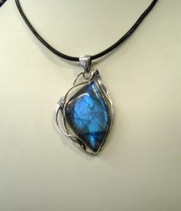 Лабрадорит – медальон – N424 | Labradorite – pendant – N424