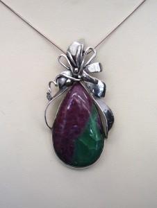 Рубин Цоизит – медальон – N453   Ruby Zoisite – pendant – N453