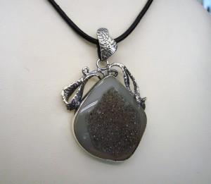 Кварцова друза – медальон – N458 | Quartz Druse – pendant – N458