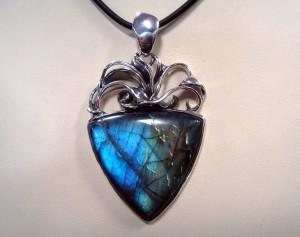 Лабрадорит – медальон – N578 | Labradorite – pendant – N578