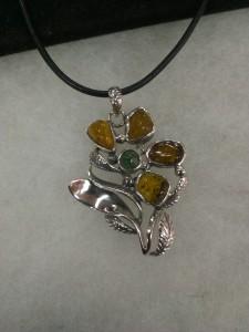 Кехлибар, Изумруд – медальон – N723